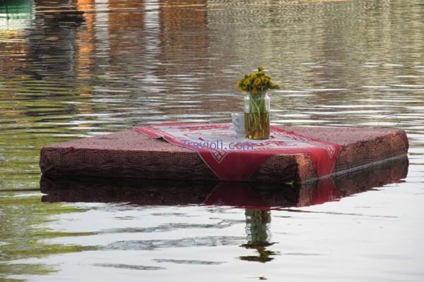 Vienas stalelis buvo ant vandens