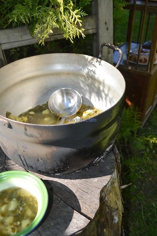 digėlių - rūgštynių sriubos puodas ištuštėjo greit